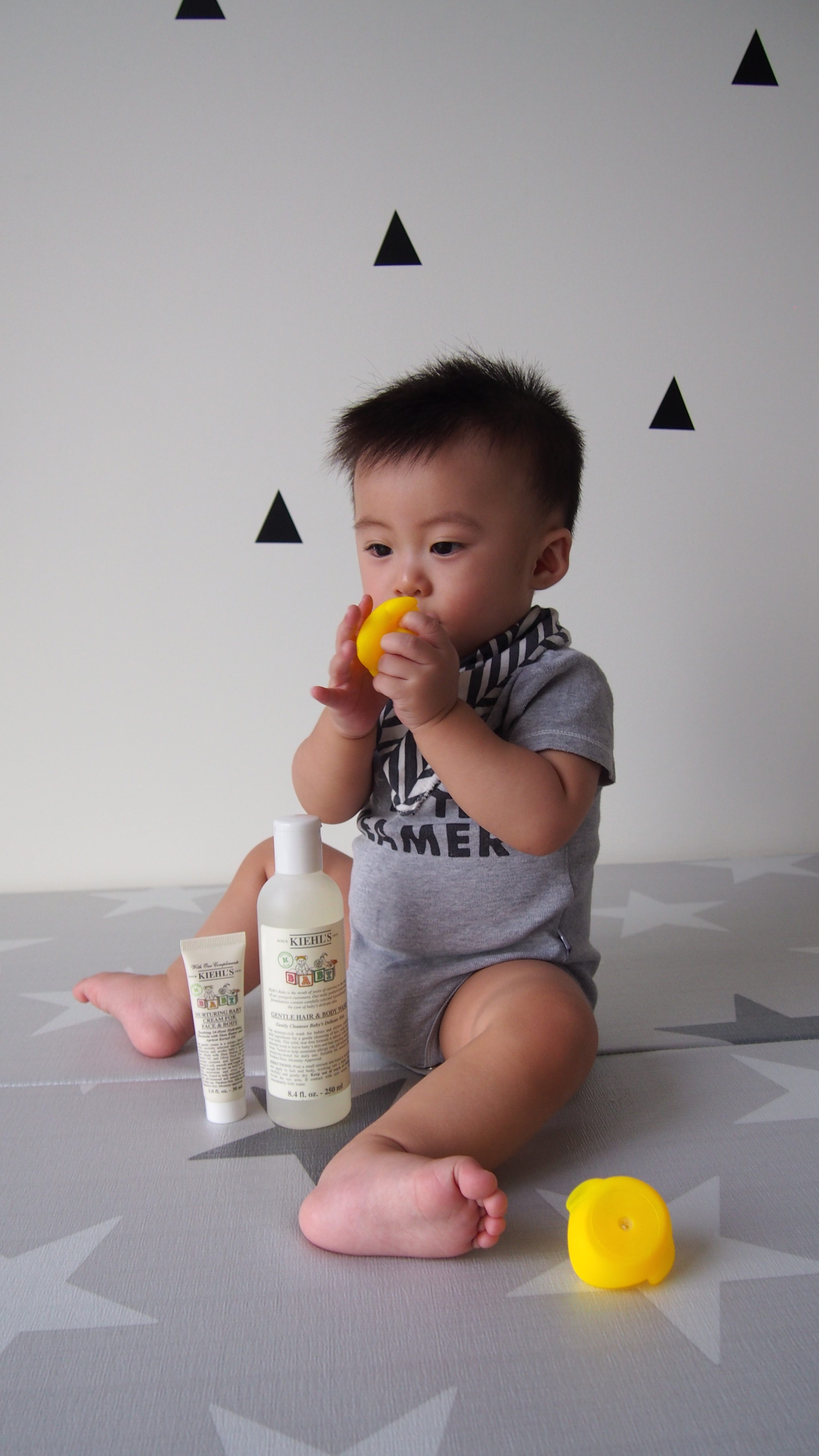 Kiehls New Gentle Foaming Hair Body Wash Daprayer Baby Lip Balm Slather On My But With Safe Formula I Feel Much Safer Kissing Him Even When Have